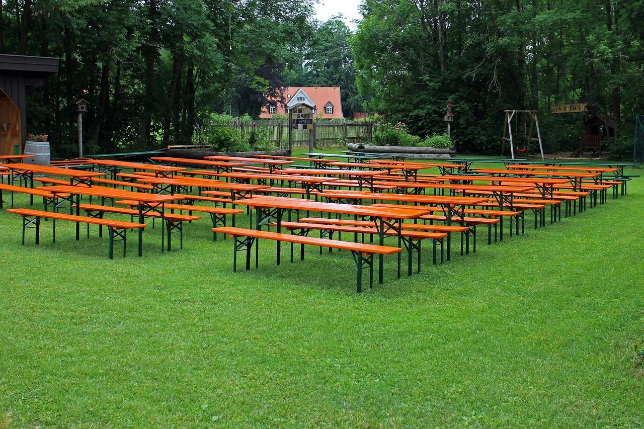 Passende Sitzgelegenheiten Für Terrasse Und Garten